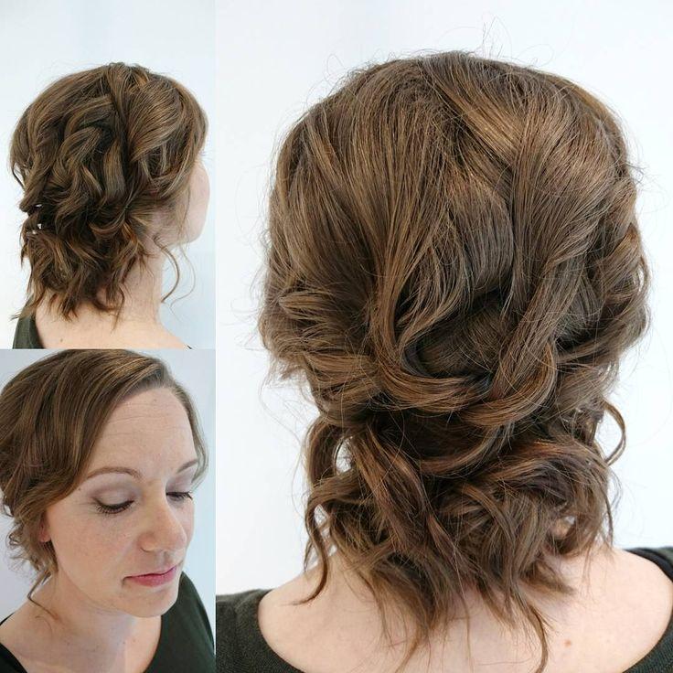 Luonnollisen kaunis meikki ja rento kiharakampaus tuli tehtyä tämän päivän morsiamelle ���� #hairillusia #lappeenranta #keune #updo #updohair #curlyhair #brunette #makeup #drbaumann #drbaumannmakeup #bride #weddinghair #weddingmakeup #naturallook �� �� http://gelinshop.com/ipost/1518951171669190328/?code=BUUZgr6gWa4