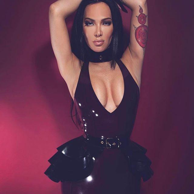 @itsannfrench wearing this beautiful outfit by @ladylucielatex shot by @ayeshashootspeople - #femdom #femalesupremacy #femaledomination #dominatrix #latex #shiny #flr #bondage #bdsm #bitch #bondage #mistress #strapon #safeword #yesmistress #yesmiss #rubber #heavyrubber #slave #fetishmodel #altmodel #rubberdoll #latexqueen #latexgoddess #latexmistress #goddess #chastity #boots #latex #beautiful  #leather