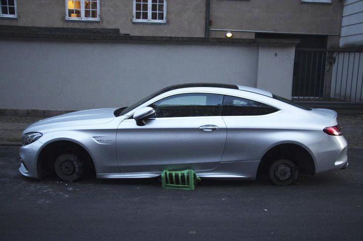Mercedes C63 AMG Coupe udsat for tyveri i København - http://bit.ly/2ADF61f