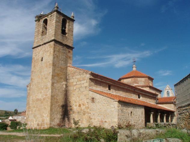 La Iglesia de la Asunción en Berrocalejo.