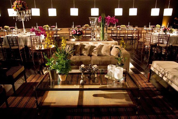 Lounge para casamento rústico-chique