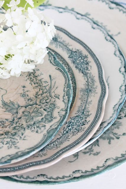 Love this old blue patterned china!