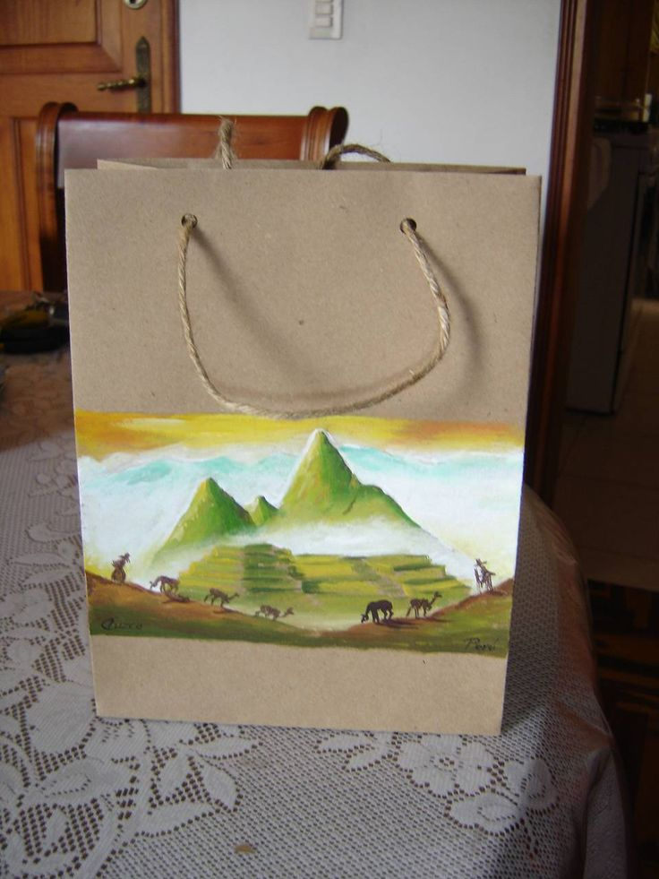 Mejores 177 im genes de bolsas de papel pintadas en for Papel pintado malaga