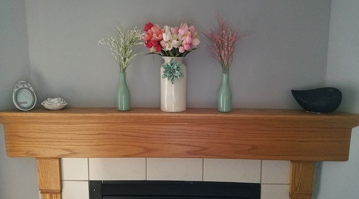 Take a look at how you can spice up your mantle with some summer seasonal decor!