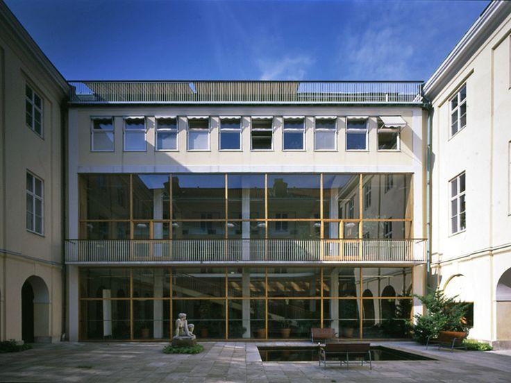 Erik Gunnar Asplund - Gallery 8 - The Extension to Gothenburg Townhall 1913 - 1937