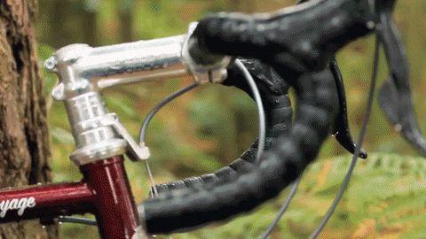 World series de Ridgeback Bikes, unha formidable reinterpretación da tradicional bici de cicloturismo británica.  Ciclos Clemente. Tenda e atelier especializada en ciclismo urbano, viaxeiro, gravel, randonneur, etc. Mercado de San Agustín 13-15, A Coruña http://ciclosclemente.com