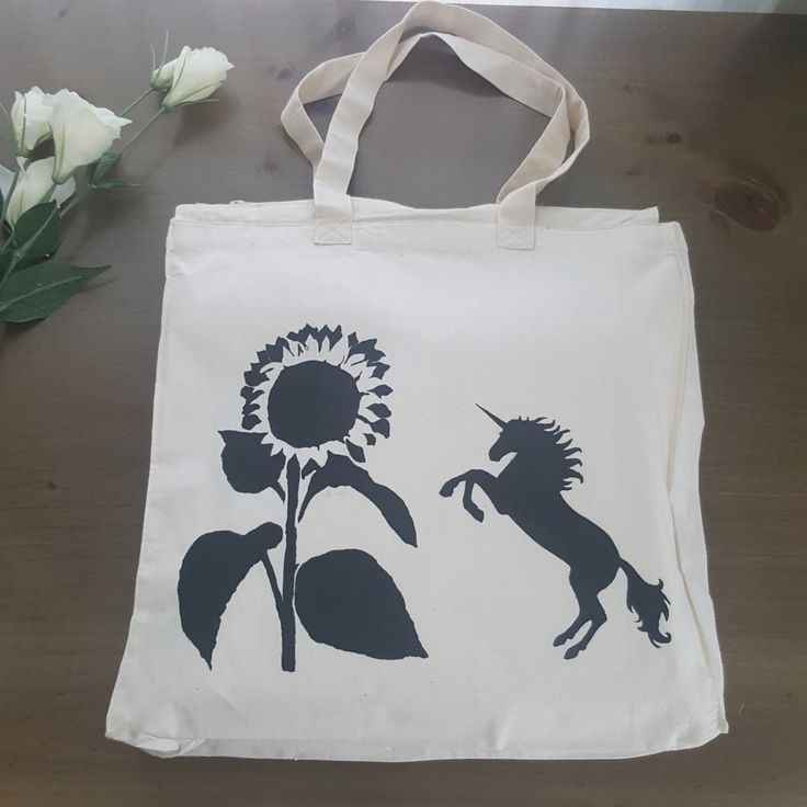 Large market bag with zipper - unicorn - sunflower - hand painted by Grafeeq on Etsy