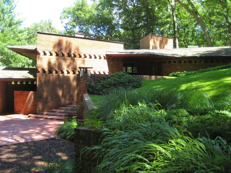 17 best images about usonian on pinterest lakes acre for Frank lloyd wright palmer house