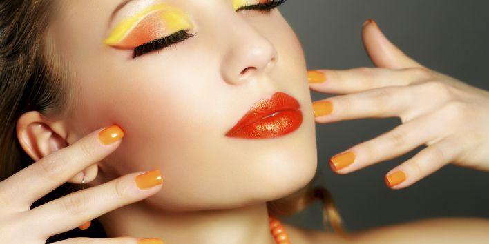 Het is niet evident om je weg te vinden in het walhalla van verzorgingsproducten en make-up. Beginnen doe we bij de basis. Deze tips  zorgen ervoor dat ook jij als beginner voortaan spotless de deur buiten  stapt. Laat die investering in producten maar renderen, dames!
