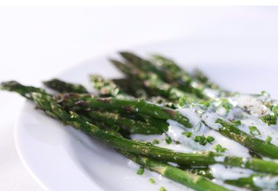 Recipe for: Roasted Asparagus with Chive Yogurt Ranch Dressing
