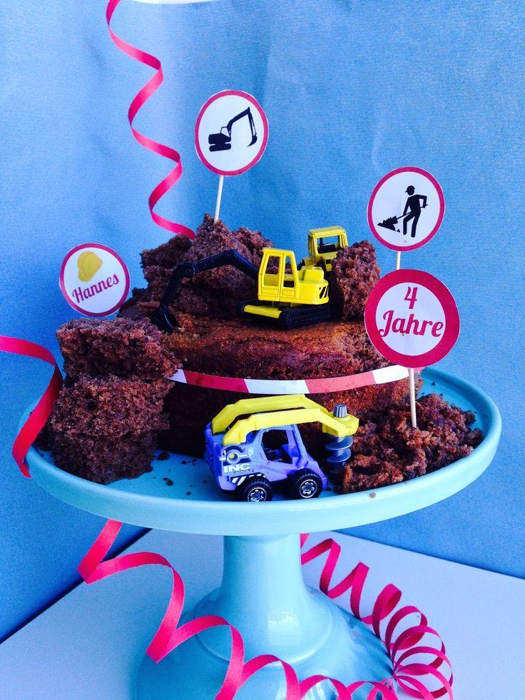 BackGaudi: Bagger-Kuchen mit Schaumkuss Füllung