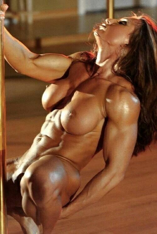Body Builder Female Having Naked Sex