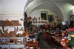 Serpa - Antiga carvoaria é casa para o artesanato, queijos e enchidos