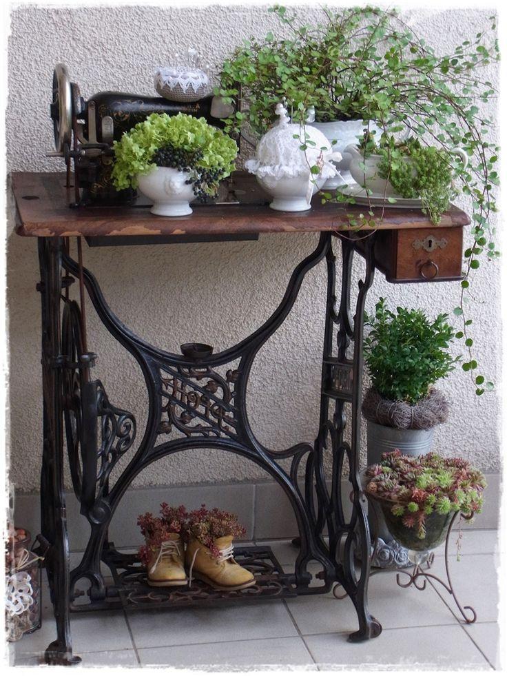 Die besten 25 baumstamm deko ideen auf pinterest for Garten und deko