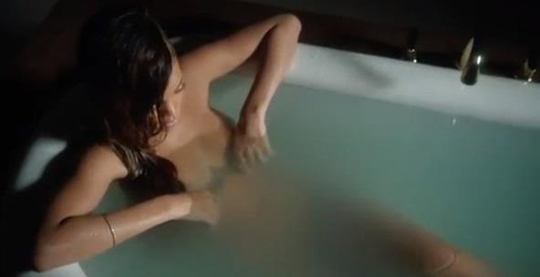 Videoclip: Rihanna - Stay  ttp://www.emonden.co/videoclip-rihanna-stay