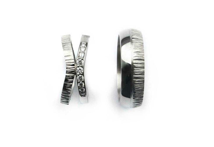 Opposite rings by Anniina Dunder-Berg 2014