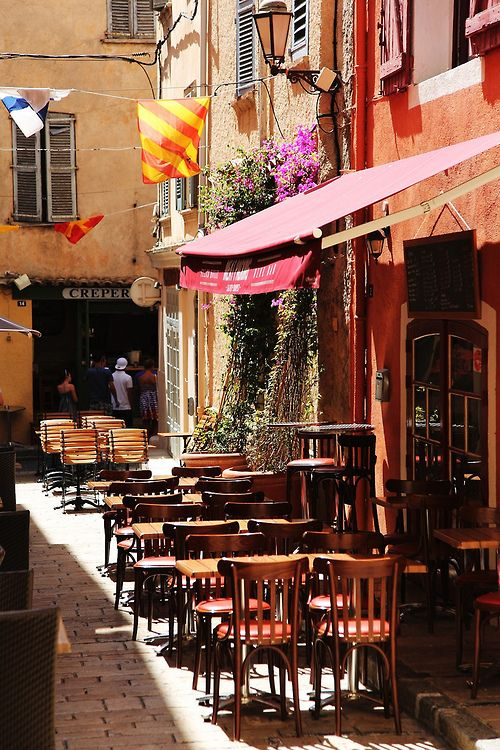 Saint-Tropez ~ is a Provencal town east of Marseile in the south of France.