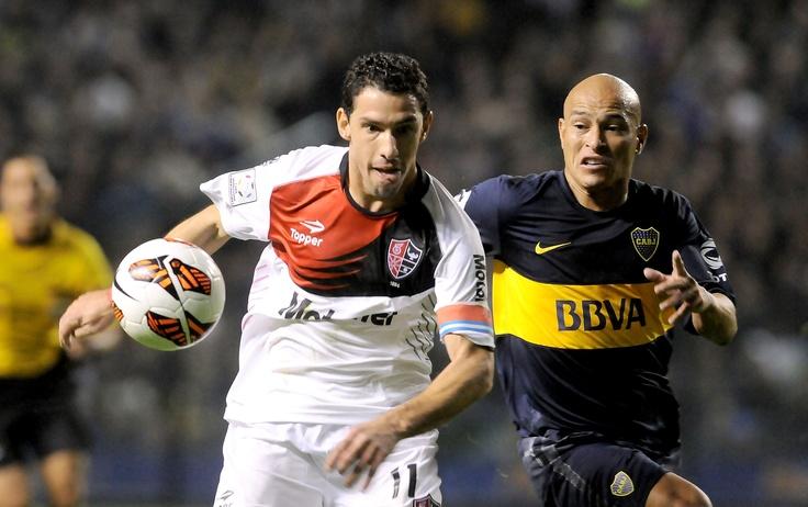 El partido de ida fue 0 a 0, pero el miércoles todo se define en Rosario. Newell's recibe a Boca Juniors para definir el pase a semifinal de la Copa Libertadores, un partidazo que no podés dejar de ver, desde las 19.30hs por Fox Sports y Fox Sports HD.