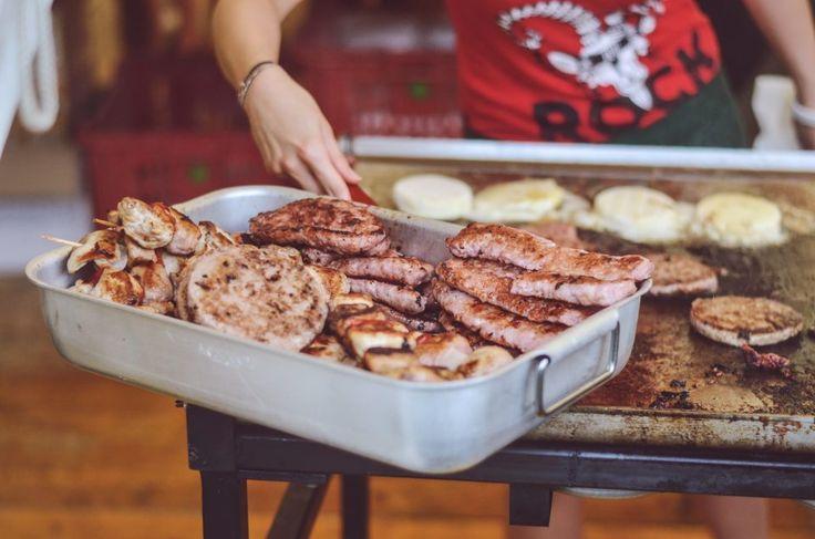 ROCK IN RIVA 2017, Abbadia Lariana. Folkabbestia, C'esco e i Musicanti di Brahma, Bianchi Sporchi, Minipony. Fotografie di Chiara Arrigoni.    #RockinRiva #Lecco #livemusic #hamburger #food #details #tomino #griglia