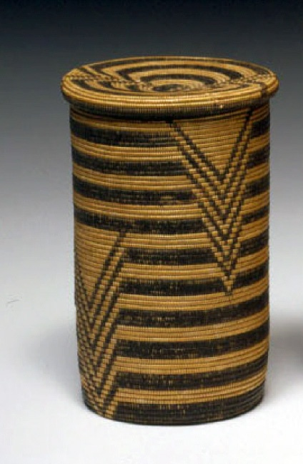 Africa | Basket with lid from the Haya people of the Kiziba region of Tanzania | ca. early 20th century | © Foto: Ethnologisches Museum der Staatlichen Museen zu Berlin