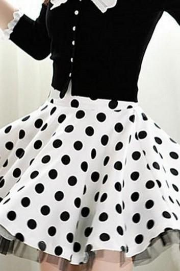DOT LACE LONG-SLEEVED SKIRTS