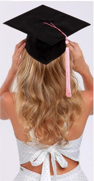 Mezuniyet şıklığı! Topuz saç/Maşa saç modelleri & Makyaj - 200 TL yerine 150 TL! Fön & Makyaj - 150 TL yerine 100 TL! **Detaylı bilgi ve randevu için Ulus/Zorlu şubelerimizi arayabilirsiniz...