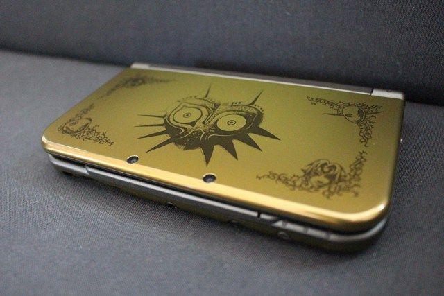 New Nintendo 3DS XL Zelda Majora's Mask