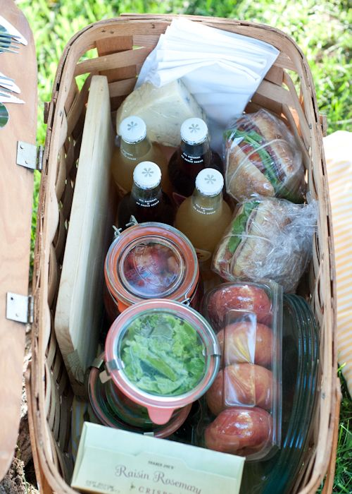 How to pack the perfect picnic! The detail in this reminds me of Emma's famous picnic on Box Hill.