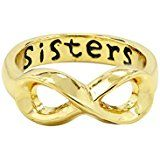 """Anillo infinito dorado perfecto para regalar a tu hermana. Es un anillo que lleva grabada la palabra """"sisters"""". Ideal si estás buscando un anillo personalizado o una joya única para regalar en un cumpleaños, o día especial. Haz clic en la imagen para ver el precio."""