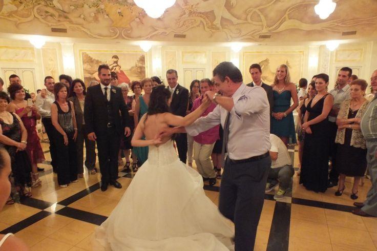 Matrimonio al mille e una notte a sternatia provincia di Lecce La musica per il matrimonio. che tipo di formazione scegliere e che tipo di animazione è la più adatta per il ricevimento di nozze