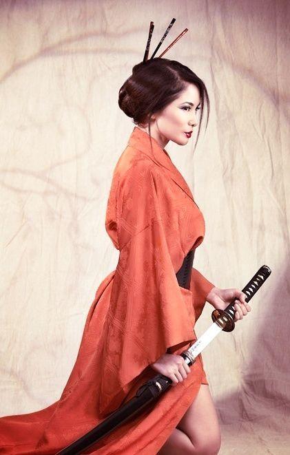 Japanische Kriegerin  - eine Klingenfrau
