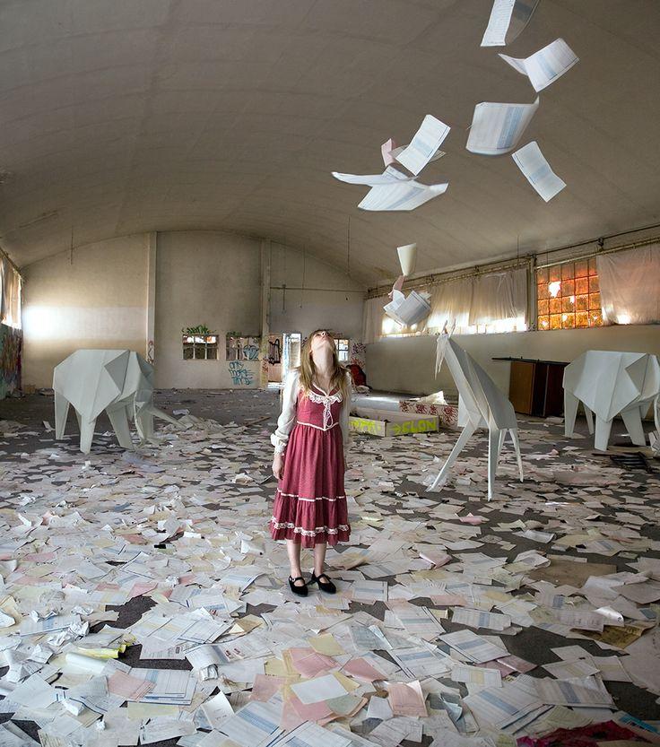 Origami girl (Photo by Cecilia de Val).
