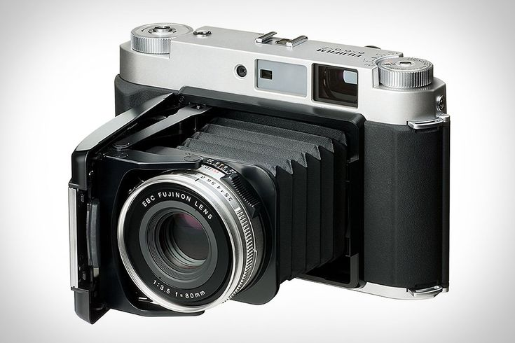 Fujifilm GF670 Rangefinder Camera | Uncrate