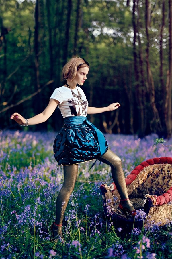 One of my favorite shoots purely for the colors and scenery. (Emma Watson in Teen Vogue)