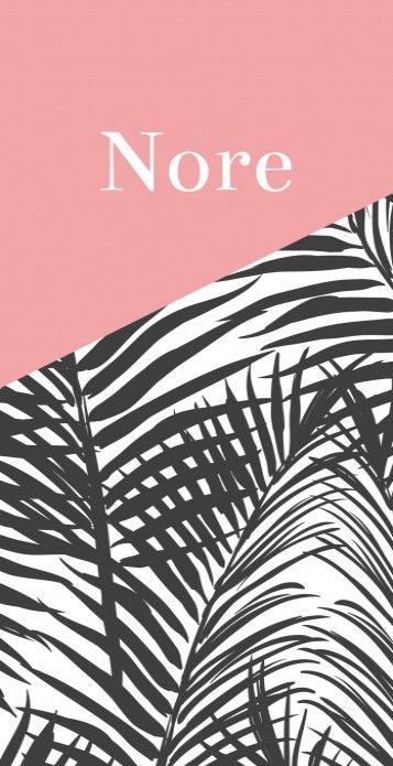 Modern strak geboortekaartje met een botanisch patroon en roze vlak waarin de naam staat. Bijzonder en trendy kaartje voor meisjes!