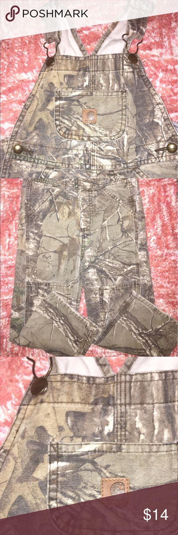 Size 4T CARHARTT Overalls Realtree Camo print CARHART overalls.     ••Size 4Toddler. 🎁🎁Thanknyou gift with every order 🎁🎁 Carhartt Other