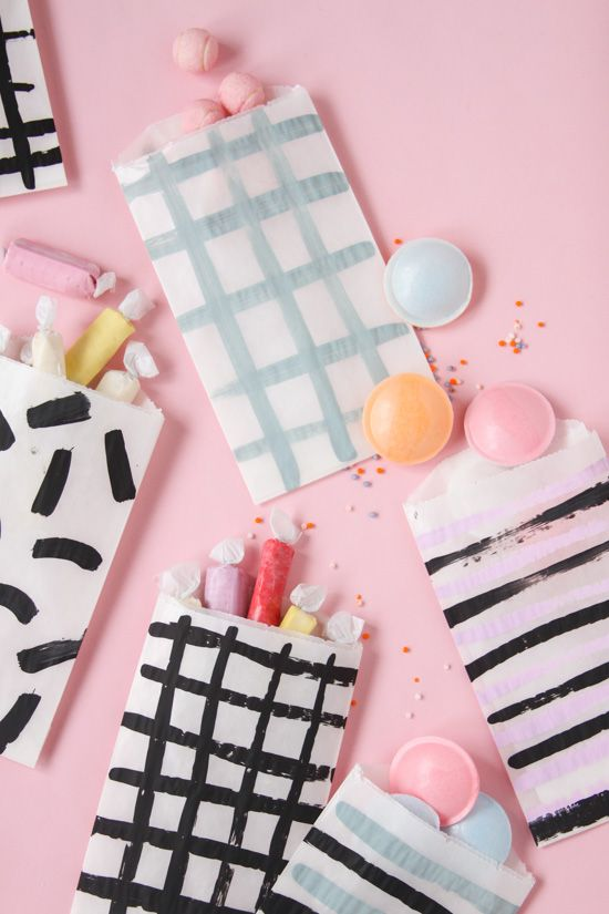 Pattern on Pattern: DIY Painted Favor Bags for Every Occasion - Paper and StitchPaper and Stitch