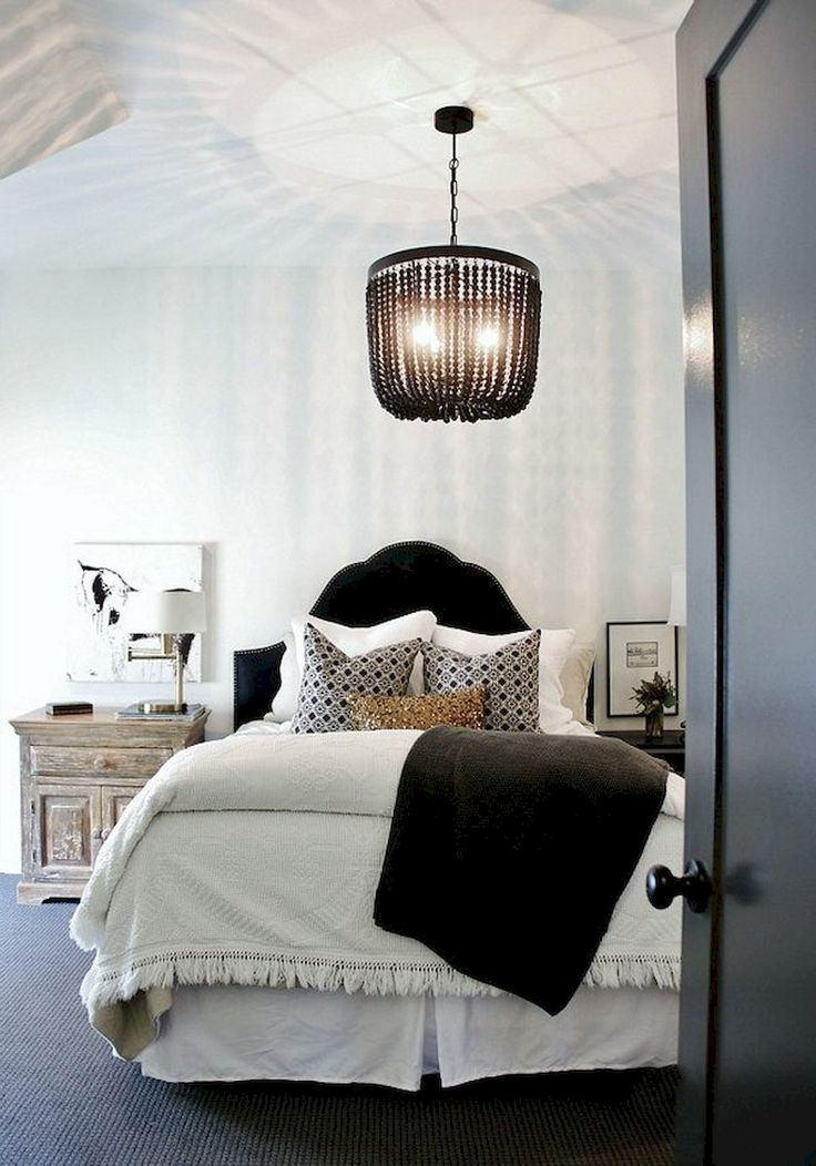 The 25+ best Small chandelier bedroom ideas on Pinterest | Pink ...