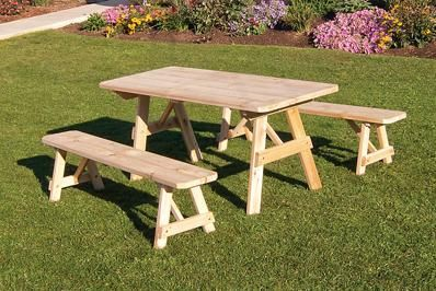 Amish Cedar Wood Traditional Outdoor Dining Set