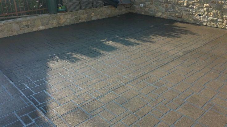 pavimento stampato fresco su indurito