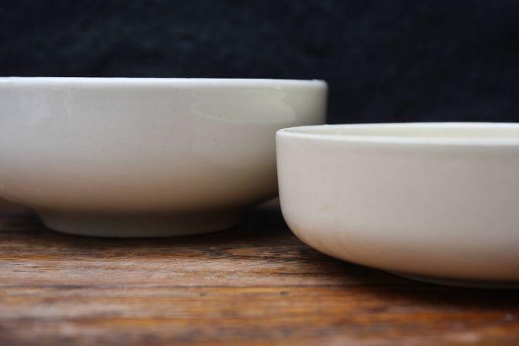Gien, 2 kleine Franse ontbijtkommen,  nestkommen, 2  bols pour petit déjeuner, bols gigognes, 2 small breakfast bowls, nested bowls. door BelaCastroAndCo op Etsy