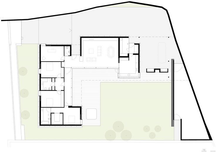http://static.dezeen.com/uploads/2013/09/dezeen_House-in-Mosteiro-by-Arquitectos-Matos_2_1000.gif