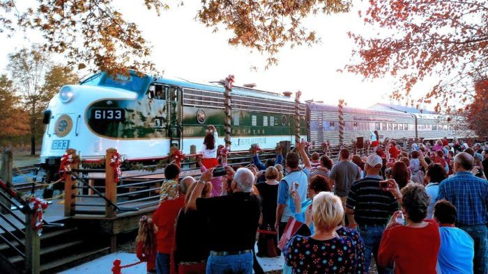 The North Pole Train Ride In North Carolina That Will Take You On An Unforgettable Adventure