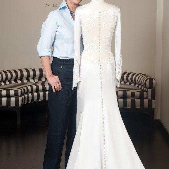 Carolina-Herrera-Bella-Swans-Twilight-Wedding-Dress