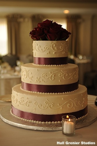 3 tier cake with burgundy