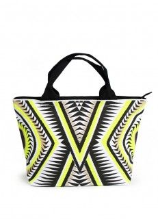 276 best images about BEACH TOTES   STRAW BAGS on Pinterest