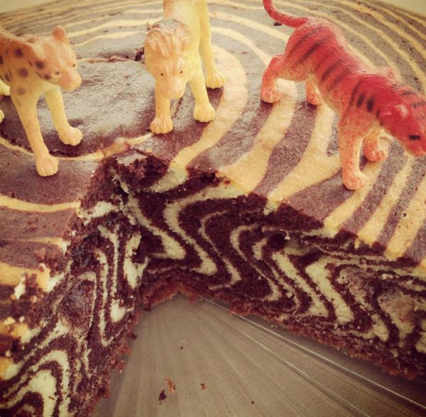 can i please have a jungle party just for this cake??