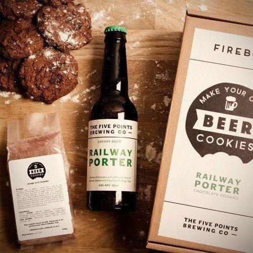 Bier Cookies zum selber machen sind eine kreative und leckere Geschenkidee für Biertrinker und Naschkatzen. Passt zu jedem Männerabend oder zur jeder Party.