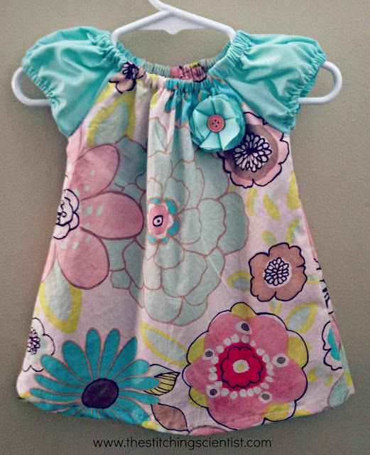 The Baby Dress 6-9 months Free Pattern and Tutorial