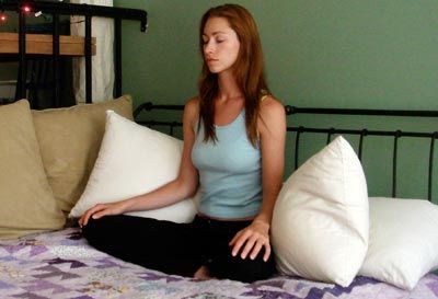 Streches to do before bed - will help you fall asleep faster and wake up refreshed!